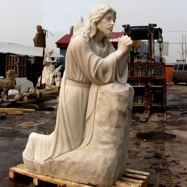 Life size christian jesus kneeling in the garden of Gethsemane prayer outdoor religious garden marble statues for sale TCH-14